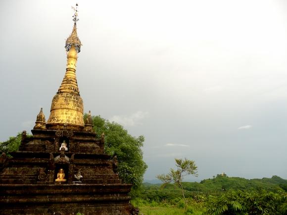 Onderweg ook nog even in Mrauk U gestopt. Dat is de Angkor Wat van West Myanmar.